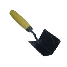 Кельма угловая наружняя КУН с деревянной ручкой