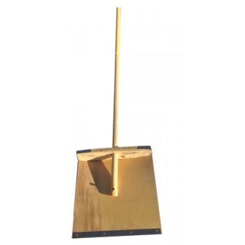 Лопата снегоуборочная 380ммх380мм деревянная